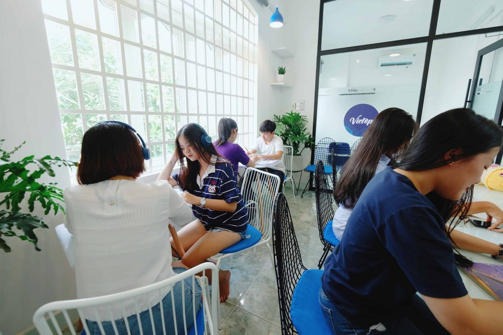 Review về TOP 9 trung tâm luyện thi IELTS TPHCM 1