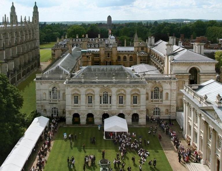 Khuôn viên trường đại học Cambridge