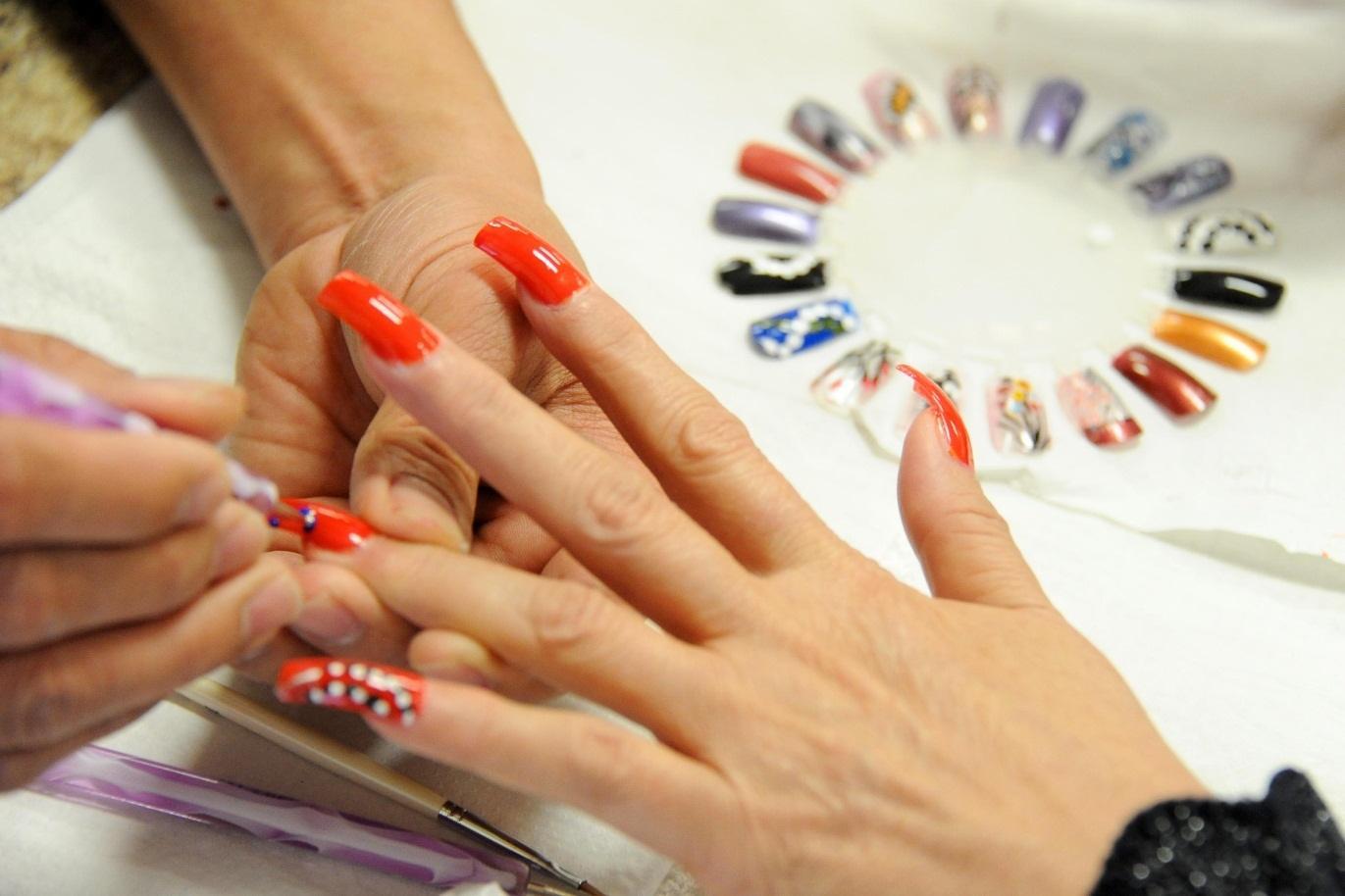 Tổng hợp từ vựng tiếng Anh chuyên ngành nail thông dụng 2020