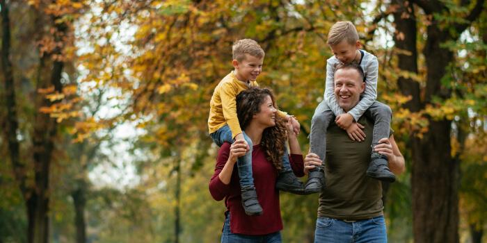 Gia đình hai thế hệ (Nuclear family)