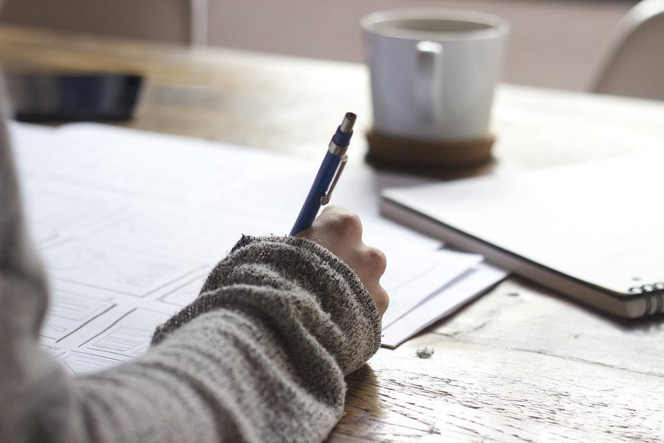 Kinh nghiệm ôn luyện & thi Writing IELTS
