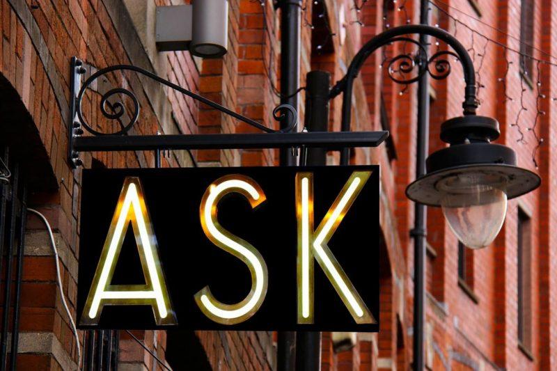 Phân biệt Ask và Request