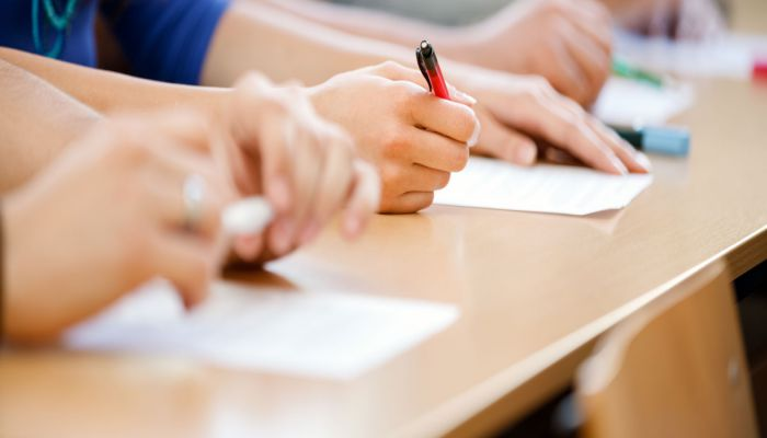 Phân bổ thời gian làm bài thi TOEIC