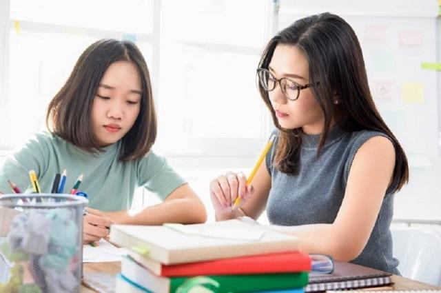 Gần gũi với học sinh